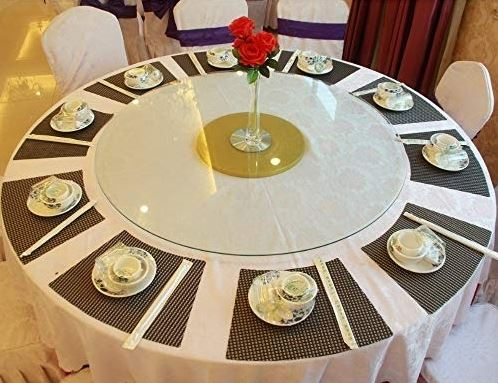 what shape placemat for round table