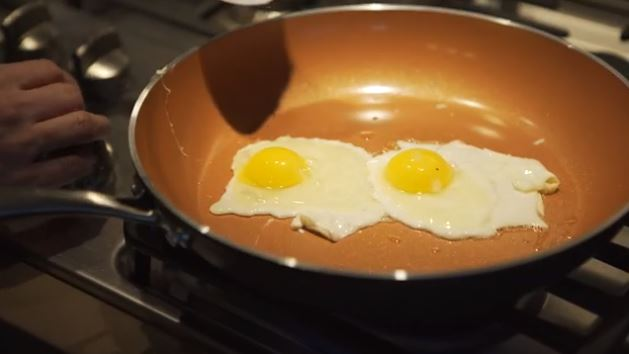 Make Eggs on Almond Skillet without Sticking